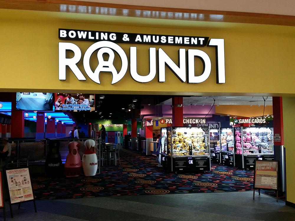 Round Gameroom